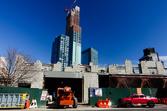 they're filling in the sky (nicknormal) Tags: newyork skyline hotel us construction unitedstates crane gentrification cinderblock longislandcity cinder hotelification