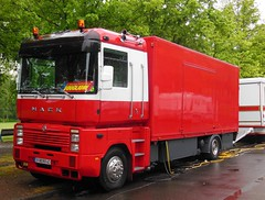 RENAULT AE Magnum MACK  Fourgon Cirque BOUGLIONE (xavnco2) Tags: red france truck rouge tour circo circus renault lorry camion trucks mack cirque amiens ae magnum picardie cirquedhiver lkw somme 2016 autocarro bouglione showmen tourne ambulant lahotoie