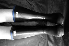 Uniroyal Century (essex_mud_explorer) Tags: black rain century vintage boots britain rubber made wellington welly wellies rubberboots rainwear gummistiefel wellingtons gumboots rainboots uniroyal rubberlaarzen