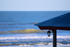 Crazy Blue (luenreta) Tags: mar playa farol techo ocano 7dwf