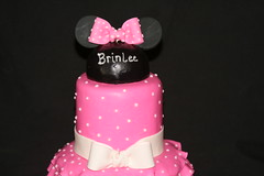 "Mini mouse cake • <a style=""font-size:0.8em;"" href=""http://www.flickr.com/photos/60584691@N02/6875387418/"" target=""_blank"">View on Flickr</a>"