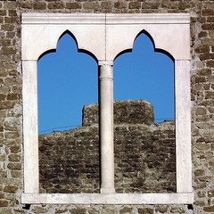 The glassless window (vat_i_can) Tags: rome roma window via cecilia appia metella