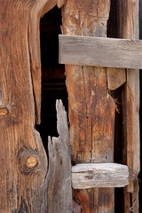 Don't slam the barn door (Rocky Pix) Tags: road county door foothills mountain detail abandoned barn plane river colorado pix flood crane farm longmont rocky boulder f16 handheld nikkor hollow agricultural stvrain 2470mmf28 42mm rockypix normalzoom 113thsec broley wmichelkiteley