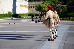 ΣΥΝΤΑΓΜΑ (George A. Voudouris) Tags: soldier greek tomb hellas athens greece unknown 2012 omonia omonoia greekparliament omoniasquare βουλη αθηνα ελλαδα συνταγμα evzons omonoiasquare μνημειο νεαδημοκρατια ευζωνεσ antonissamaras αντωνησσαμαρασ αθηναι αγνωστου στρατιωτη changeoftheguardsinathens