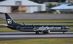 Alaska Airlines Boeing 737-890 (EasTexSpotter) Tags: alaska canon portland airplane aircraft aviation airline pdx airlines airliner alaskaairlines kpdx n548as canont3