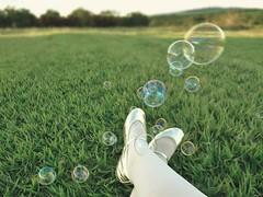 182/366 bubbles (letsdancebaby) Tags: bubbles alicedisse 365days 366days letsdancebaby sonydscwx7 projeto3652012 alessandrafadel