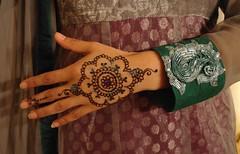 Mandala for bride's sister (Hand of Fatima Henna Art) Tags: netherlands floral indian henna mehendi mehndi moroccan babouches hennahands hennaartist handoffatima mhendi naqsh hennafeet fessi fatimaouladthami