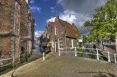 "Delft • <a style=""font-size:0.8em;"" href=""http://www.flickr.com/photos/45090765@N05/7563486992/"" target=""_blank"">View on Flickr</a>"