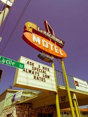 Vintage Motel Sign (TomCollins) Tags: signs vintage motel vintagemotelsigns olympus12mm