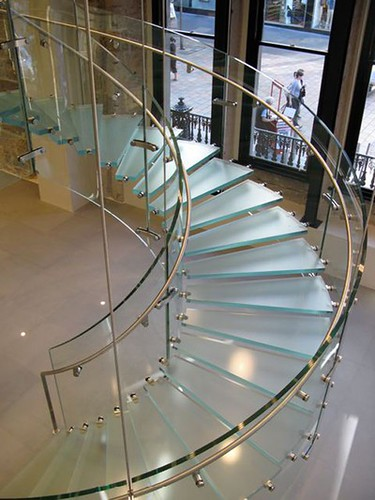 Glass-Balustrade-stair