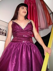 Beads (Paula Satijn) Tags: girl lady beads tv dress purple cd silk skirt tgirl gown satin tulle gurl ballgown