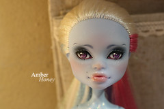 Abbey finished (Amber-Honey) Tags: abbey monster skull amber high mod doll ooak honey shores mattel repaint cusom bominable