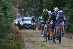 Group behind the peloton (G. Warrink) Tags: cycling worldcup cobbles drenthe womenscycling odoornerveen womenofcycling wcdrenthe manrhowijk