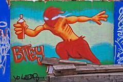 Bevpnad med sprayburk (Quo Vadis2010) Tags: art tom painting graffiti se ruins paint grafitti message sweden empty konst doodle graffitti expressive scrawl lonely sverige solitary revolt scribble halmstad tegel disrepair klotter halland industri industrialruins unoccupied dslig mla mlning bostder rivning frfall vergiven bruk kludd vggmlning budskap slottsmllan abandonedruin tegelbruk spraya meansofexpression affrer sjlvfrverkligande enslig vergivenindustri industriifrfall municipalityofhalmstad formerbrickworks youthrevolt halmstadkommun norrainfarten wayofexpressingoneself uttrycksform sttattuttryckasig ungdomsrevolt synliggrande industryindisrepair fredettategelbruk underrivning kommandebostadsbebyggelse spreja konstnrligayttringar slottsmllansbruk