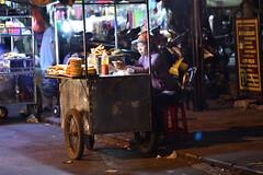 DSC_5547 (Omar Rodriguez Suarez) Tags: vietnam streetfood seller venta ambulante puesto