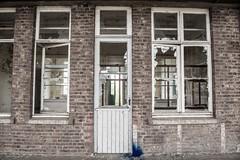 DSC_7441 (josvdheuvel) Tags: urban streetart art station graffiti nikon belgique belgie gare explorer trainstation urbex treinstation belgia montzen josvandenheuvel 0031612267230 josvdheuvelgmailcom wwwjosvdheuvelnl
