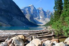 Lac Moraine (joelledewael) Tags: mountain lake canada montagne landscape lac paysage morainelake