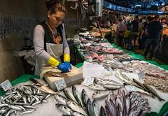 Cleaning Fish, La Boqueria (mindweld) Tags: barcelona spain market mercado fishmarket sardines laboqueria mercatdelaboqueria mercadodelaboqueria mercatdesantjosepdelaboqueria