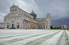 2016-05-13 05-28 Toskana 375 Pisa, Piazza dei Miracoli, Duomo (Allie_Caulfield) Tags: city italy tower del geotagged photo site high flickr torre foto image sommer sony picture center medieval historic hires pisa cc tuscany resolution jpg piazza duomo bild jpeg geo altstadt leaning stockphoto toskana a77 2016 pendente wunderwiese maiitalien
