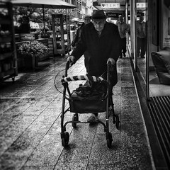 Everyday #Adelaide No. 320 Autumn/Winter) (michellerobinson.photography) Tags: street blackwhitephotography documentary bw life people candid moments streetphotography capturinglife society culture australia adelaide southaustralia photography michellerobinson michmutters streetphotographer iphone6plus iphoneogaphy