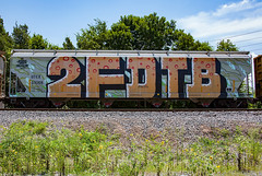 (o texano) Tags: bench graffiti texas houston trains freights wholecar benching 2fdtb
