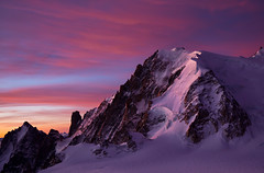 Colorful sunrise on Tacul (Explored) (Ulrik Hasemann) Tags: mountain france mountains sunrise canon landscape october colorful outdoor glacier explore climbing alpine backcountry environment dslr chamonix frankrig alpinisme alpinism 2011 tacul 5dii tacultriangledutacul