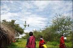 Airplane - Tanzania (Maciej Dakowicz) Tags: africa people rural plane airplane tanzania person tribal help aid health tribe clinic healthcare masai maasai cessna ngo flyingmedicalservice