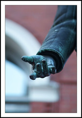 Give Me A Hand Please - Waterfront Station Gastown 8696e (Harris Hui (in search of light)) Tags: sculpture canada statue vancouver fuji dof hand bc waterfront bokeh 85mm richmond fujifilm gastown waterfrontstation s3pro fujis3pro nikon85mmf18 portraitlens harrishui vancouverdslrshooter givemeahandplease howtoapproachartgelleryandmuseums someadviceplease