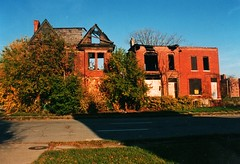 Brush Park 2001 (Equinox27) Tags: abandoned buildings detroit victorian burnedout brushpark