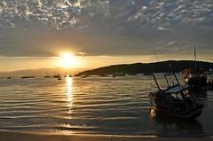 Porto Belo - SC (Tex BB) Tags: santa pordosol sol praia sc mar do barco porto portobelo santacatarina catarina por belo estaleiro