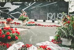Victory Day (panikyu) Tags: trip travel flowers red nikon memorial russia wwii flame worldwarii eternal novgorod eternalflame victoryday nizhnynovgorod nizhny d5100