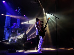 Queen Tribute (Jumpin'Jack) Tags: show light club drums concert hugging holding hug guitar live stage performance band spot player queen podium singer vocalist drummer tribute drumming limelight guitarist reflectors dais
