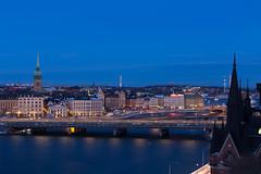 Gamla stan (MacCoaster) Tags: city longexposure bridge architecture se sweden stockholm stockholmsln