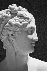 Venus Itlica (Fernando Two Two) Tags: barcelona sculpture art venus arte bcn escultura copia copy montjuic canova italica palauetalbeniz