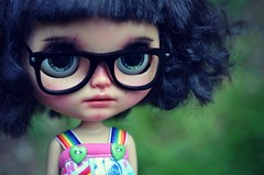 Saturday Dolly Play :D (Lawdeda ) Tags: pictures 3 cute by glasses doll post little tan saturday row same p blythe rainbows rarely custom tbl blythedoll ety i rabbitbearhouse