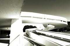 Museum Oscar Niemeyer (mara.arantes) Tags: brazil monochrome arquitetura brasil museum architecture museu arches curitiba shape