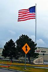 Blackfoot, Idaho (5of7) Tags: village wind americanflag nopeople idaho directions arrows streetsigns i15 interstate15 welcomesigns 10views binghamcounty blackfootidaho