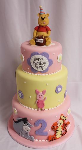 Pooh n friends Pink bday