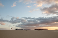 Hola! (MacDor Photography) Tags: sunset landscape sand pattern desert canary goldenhour fuertaventura corralejo playasgrandes