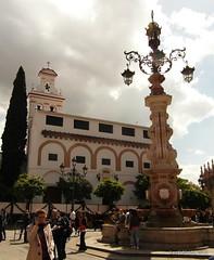 Plaza del Triunfo (Landahlauts) Tags: sevilla andaluca seville andalucia andalusia andalusien sville andalousie andalusie andaluz siviglia sevillano alandalus  andaluzia   hispalense  andaluzja  sewilla andaluzio           isbiliya                  andalouzia andalusiya      ishbiliya capitaldeandalucia