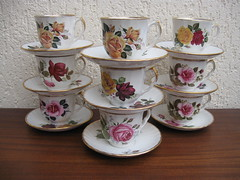 Roses (SimoneRetro) Tags: roses vintage tea cups staffordshire ansley saucers