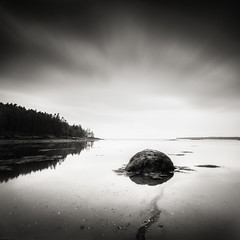 Quietside Seascape II (Nate Parker Photography) Tags: blackandwhite bw maine mainecoast mountdesertisland mdi haveaniceday quietside coastofmaine blackandwhitemaine imagesofacadia acadiaimages blackandwhiteacadia mdiimages blackandwhitemainecoast