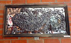 La Salamandra - Lus Manuel Rodrguez (Alejandro Pinto) Tags: arte espejo vidrio cuadro reciclaje lasalamandra lusmanuelrodrguez