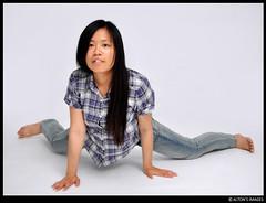 Zoe (alton.tw) Tags: blue portrait people woman yoga female pose studio zoe asian island asia taiwan stretch jeans barefoot denim casual split formosa 台灣 plaid hakka sculptural warmup alton altonthompson taiwanese asana 2011 hakkanese 唐博敦 新北市 newtaipeicity