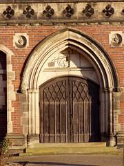 Church Door, Stone, 3 Jan 2009 (DizDiz) Tags: uk england stone staffordshire quatrefoil canaltown olympusc720uz january2009