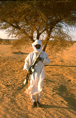 ...the price seems to include an automatic gun... (michael_jeddah) Tags: sahara desert chad machinegun tubu wour tibesti