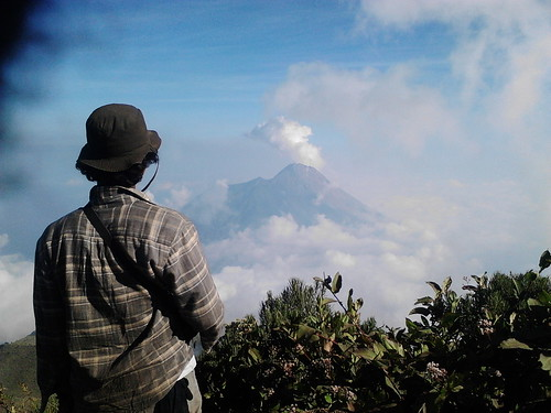 "Pengembaraan Sakuntala ank 26 Merbabu & Merapi 2014 • <a style=""font-size:0.8em;"" href=""http://www.flickr.com/photos/24767572@N00/26556959374/"" target=""_blank"">View on Flickr</a>"