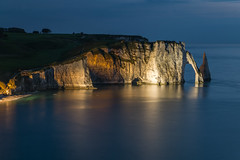 cliffs at dusk (alain01789) Tags: longexposure sea cliff landscape twilight dusk normandie paysage crpuscule channel manche etretat falaises