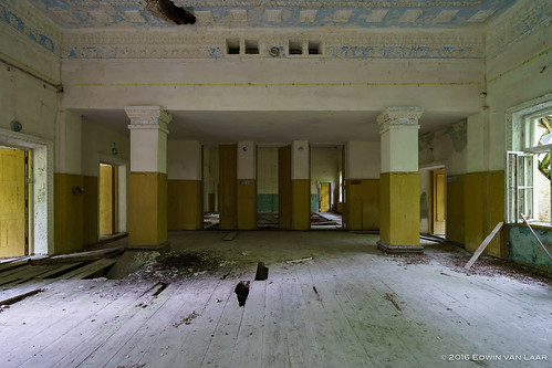 """Chernobyl Exclusion Zone 2016-05 • <a style=""""font-size:0.8em;"""" href=""""http://www.flickr.com/photos/53054107@N06/27301466526/"""" target=""""_blank"""">View on Flickr</a>"""