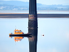 Safety boat pattern (nz_willowherb) Tags: rescue weather reflections scotland fife dundee guard calm estuary tay lowwater highpressure railbridge wormit safetyboat
